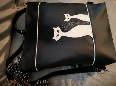 2 in 1 háti-válltáska táska+ tárca+ neszeszer+kártytartó+ kulcstartó szett bármilyen színben